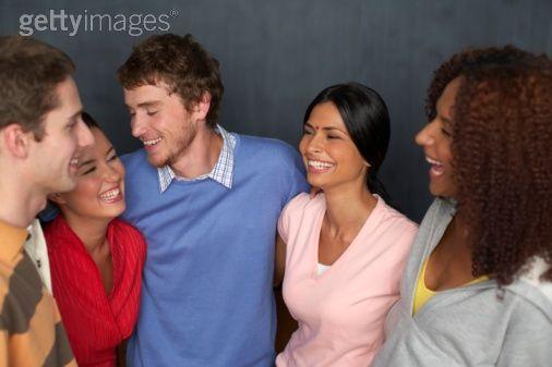 multiracialgroupe.jpg